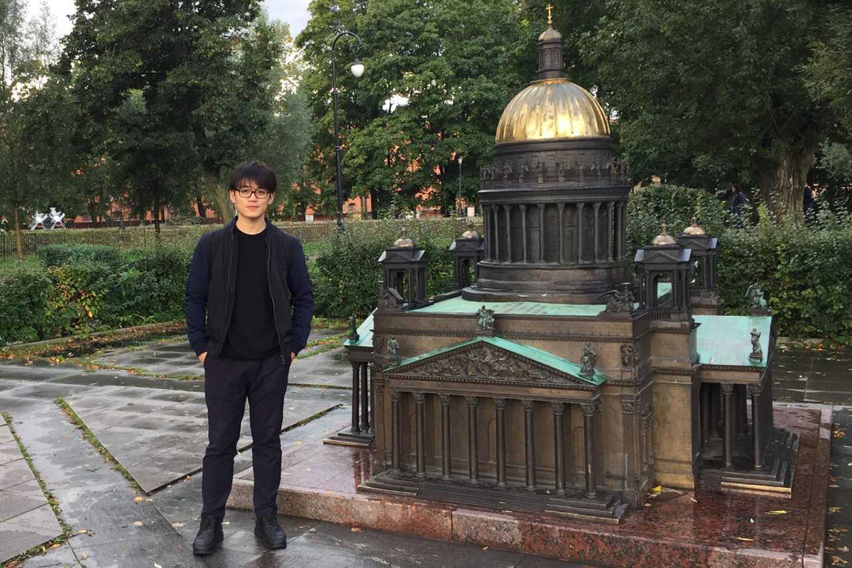 Love, Dostoevsky and architecture: three stories of students from the Middle Kingdom