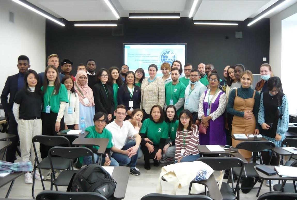 Профессор ГИ Чернявская В.Е. приняла участие в работе Международной летней исторической школы