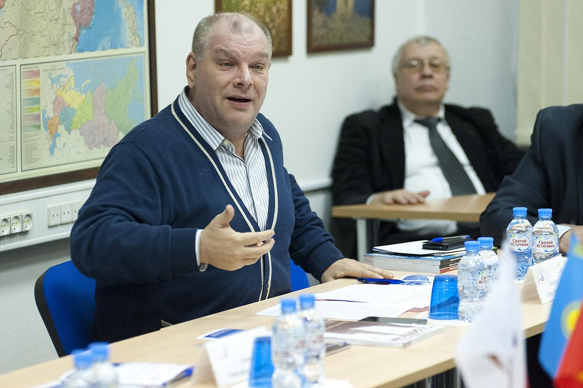 Профессор ВШОН ГИ принял участие в круглом столе «Столетия вместе»