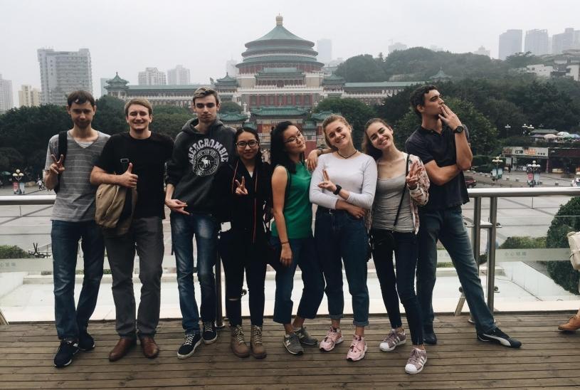 Гуманитарии в Китае